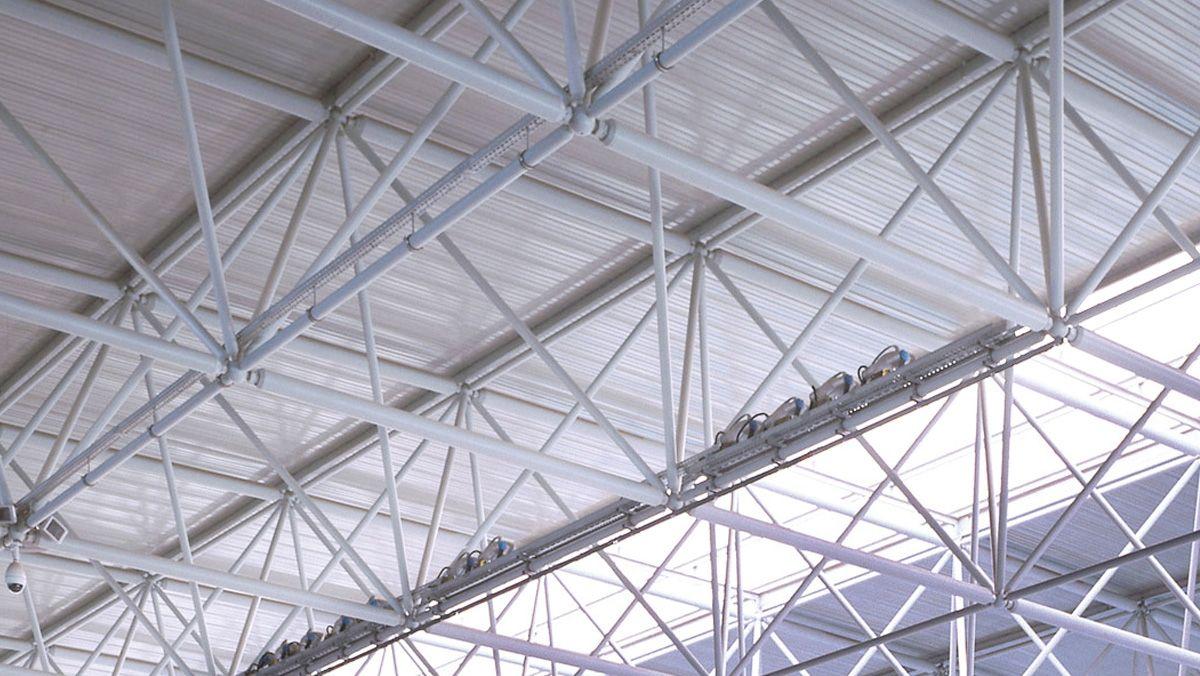 Lanik publica EPD de componentes estructurales de acero para cubiertas